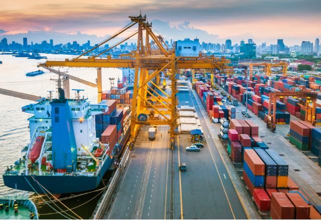 ADB dự báo kinh tế Việt Nam tăng trưởng 6,8% năm 2019 và 6,7% năm 2020 - Ảnh 1.