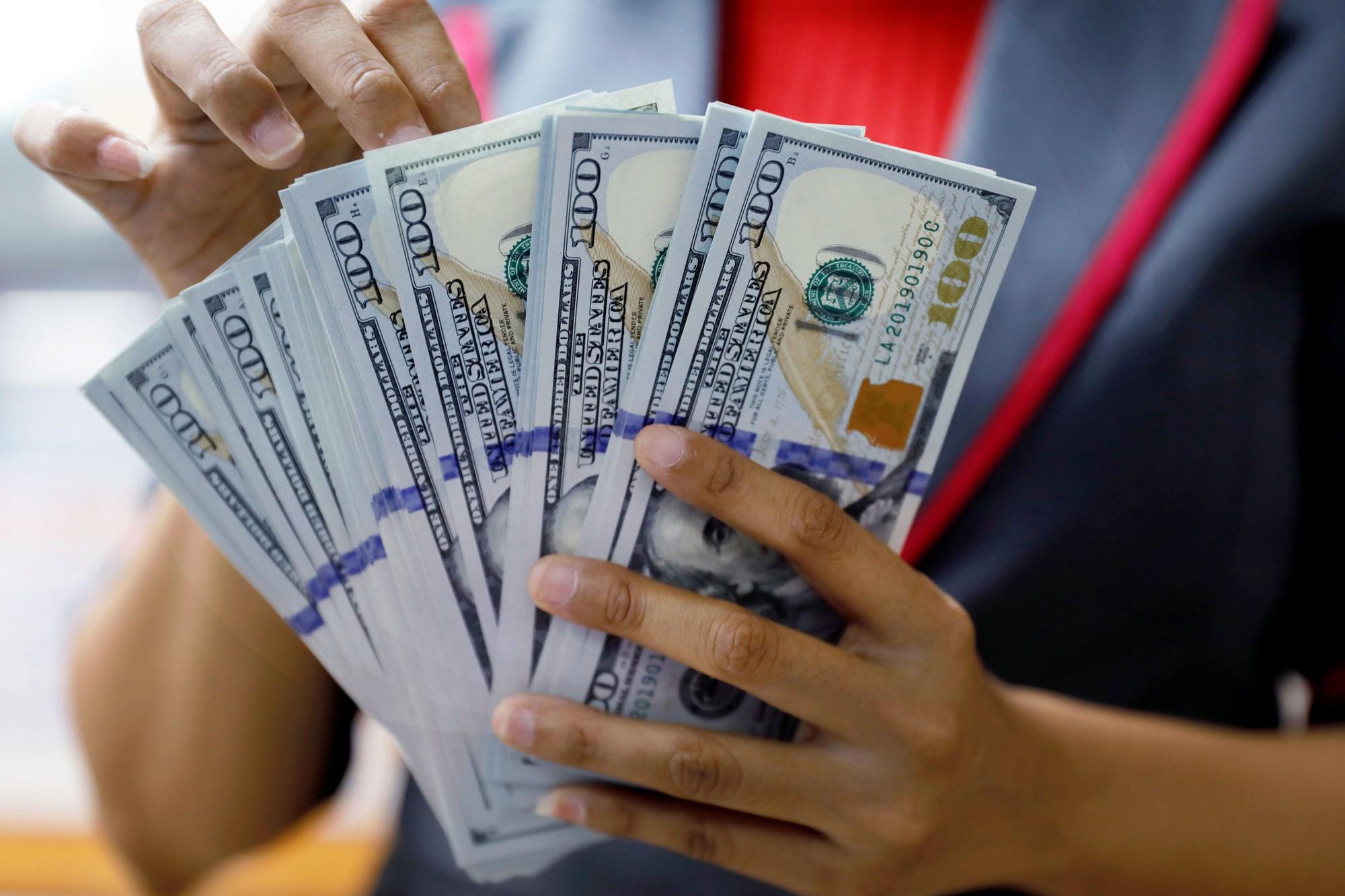 Tỷ giá USD hôm nay 18/8: Tăng trong bối cảnh giới đầu tư thận trọng trước bất ổn chính trị và kinh tế - Ảnh 1.