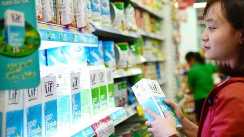 Người Việt mạnh tay chi hơn 258 triệu USD uống sữa nhập trong 3 tháng - Ảnh 1.