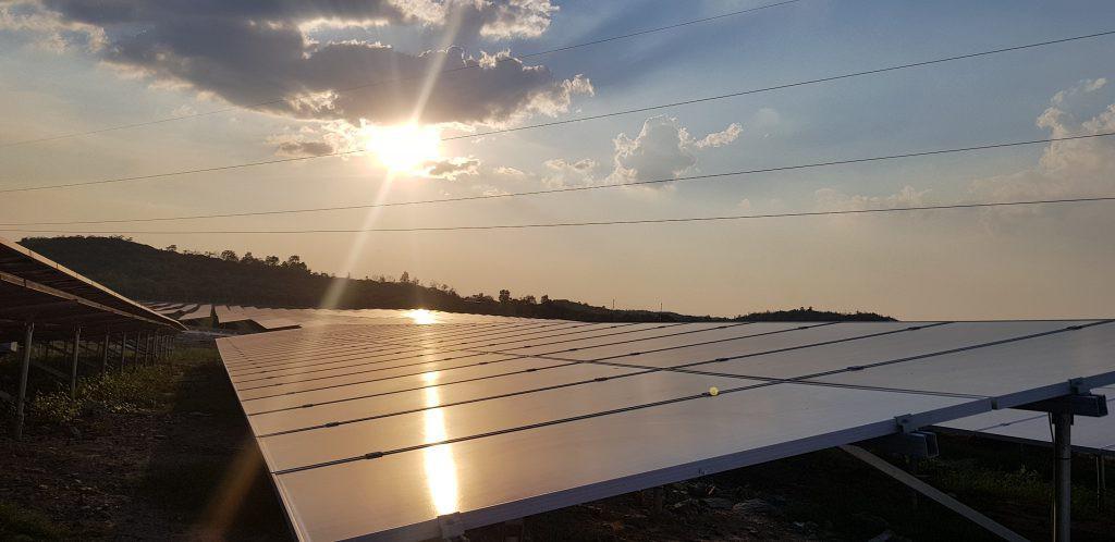 Nhà máy Điện mặt trời Cư Jút chính thức đi vào hoạt động - Ảnh 1.