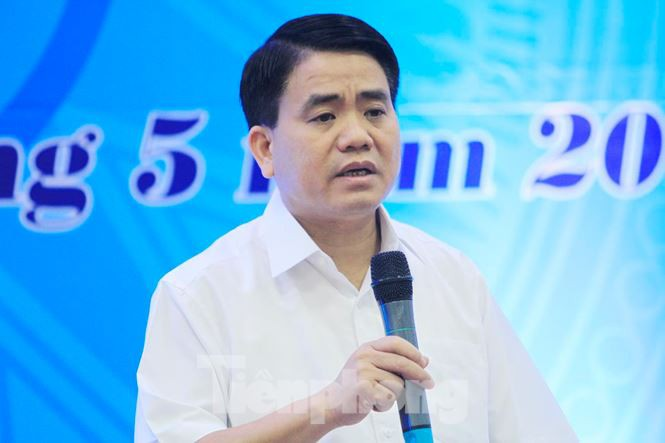 Chủ tịch Hà Nội: Đủ điều kiện sẽ đẩy nhanh việc cấm xe máy - Ảnh 1.