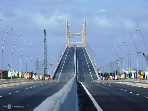 Kiểm toán Nhà nước kiến nghị giảm gần 2,5 năm thu phí cầu Bạch Đằng - Ảnh 1.