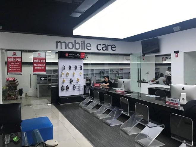 Nhật Cường Mobile mở cửa trở lại để bảo hành máy - Ảnh 2.