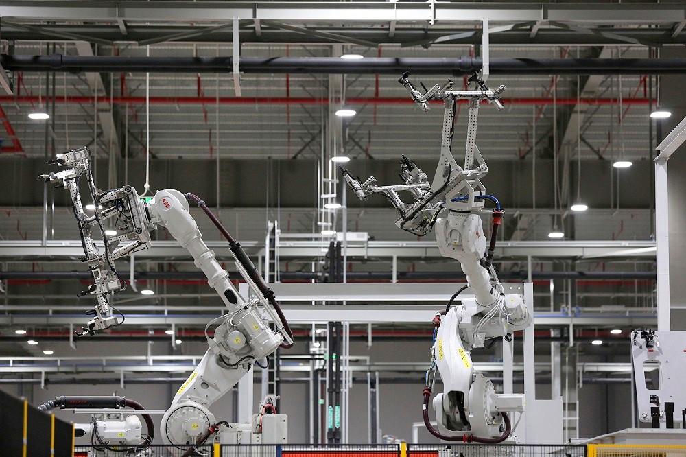 [Ảnh] Cận cảnh nhà máy sản xuất ô tô VinFast 1 tháng trước ngày khai trương - Ảnh 20.