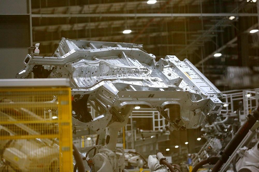 [Ảnh] Cận cảnh nhà máy sản xuất ô tô VinFast 1 tháng trước ngày khai trương - Ảnh 19.