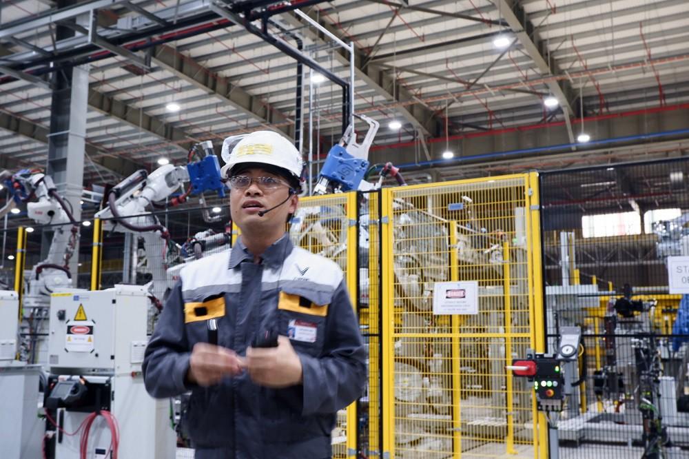 [Ảnh] Cận cảnh nhà máy sản xuất ô tô VinFast 1 tháng trước ngày khai trương - Ảnh 9.