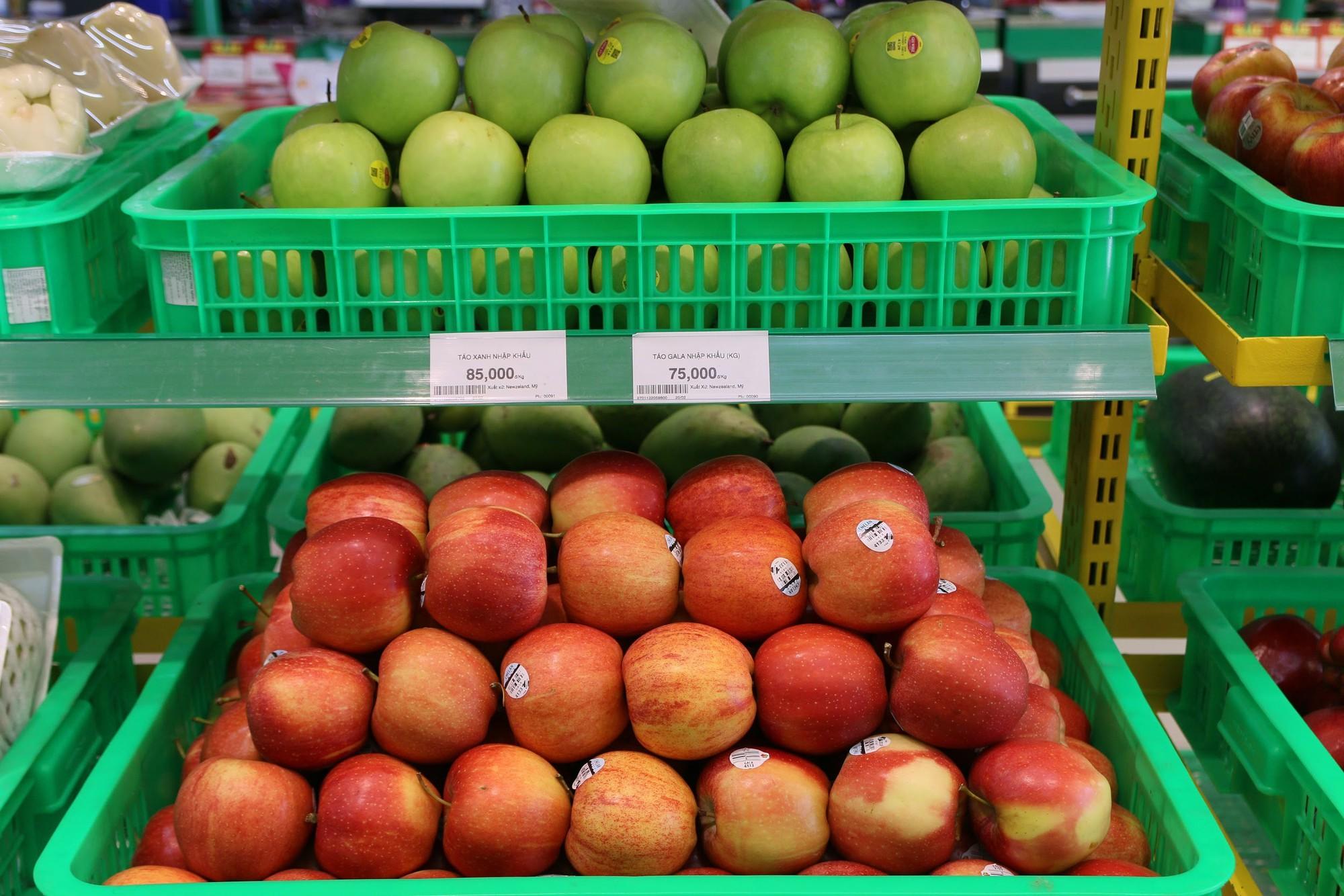 Trái cây nhập khẩu vẫn chiếm được lòng người tiêu dùng Việt - Ảnh 2.