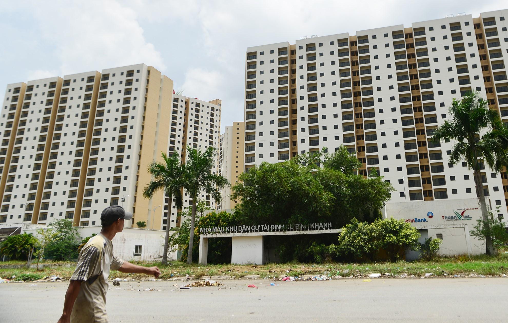 Hết nửa năm, thị trường bất động sản TP HCM vẫn trong trạng thái chờ - Ảnh 1.