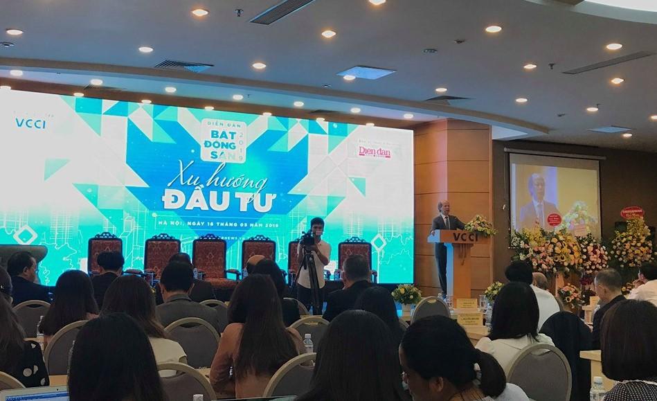 Chủ tịch VnREA: Điểm mạnh của thị trường BĐS Việt Nam là lượng cầu lớn, DN nào có dự án hiện nay thì rất lợi, một mình một chợ - Ảnh 1.