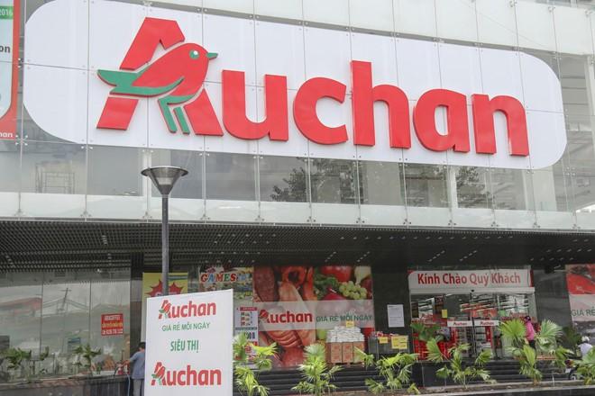 Chuỗi siêu thị Auchan bán mình, rút lui khỏi Việt Nam - Ảnh 1.