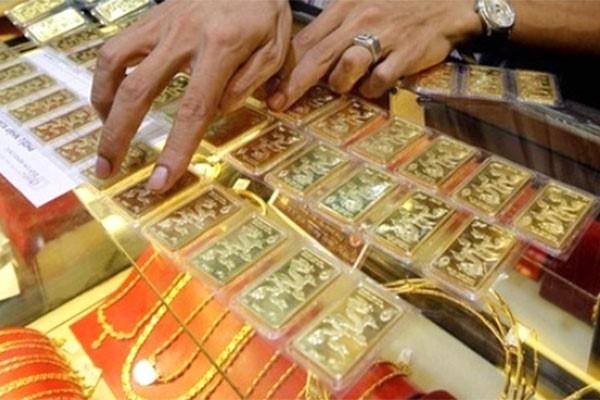 Dự báo giá vàng SJC ngày 18/5: Lại giảm theo đà thế giới? - Ảnh 1.