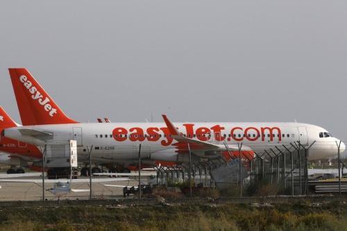 Khoản lỗ của EasyJet trong nửa đầu tài khóa lên tới 218 triệu bảng Anh - Ảnh 1.