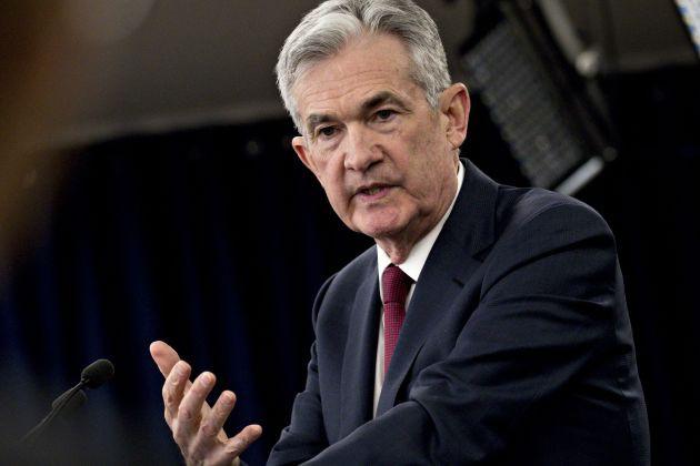 Fed giữ nguyên lãi suất bất chấp phản đối của ông Trump - Ảnh 1.