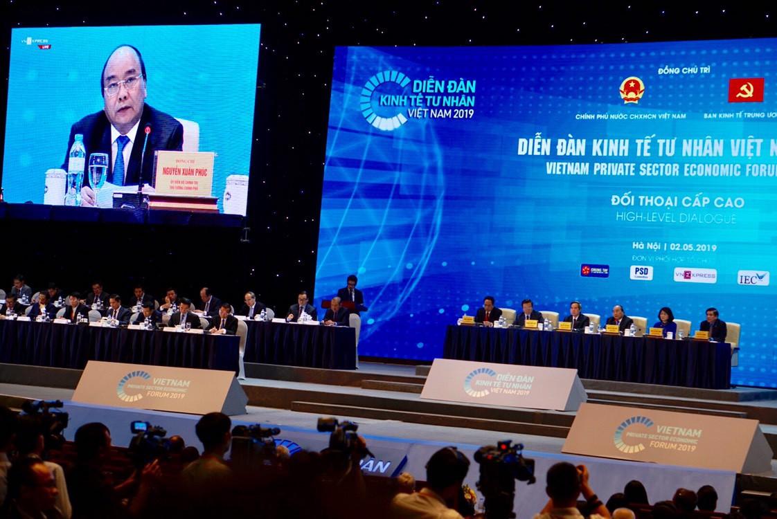 Thủ tướng: 'Kinh tế Việt Nam chỉ có thể hùng mạnh khi có những doanh nghiệp có năng lực cạnh tranh hàng đầu' - Ảnh 1.