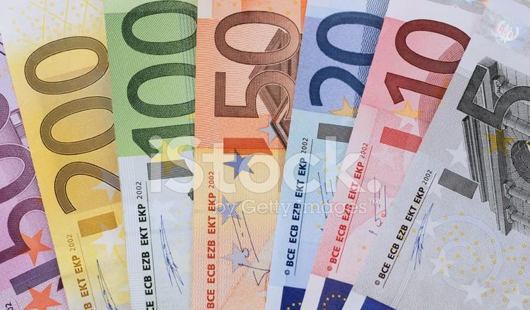 Tỷ giá Euro hôm nay (20/5) biến động trái chiều, giá bán EUR chợ đen tăng lên 26.150 VND - Ảnh 1.