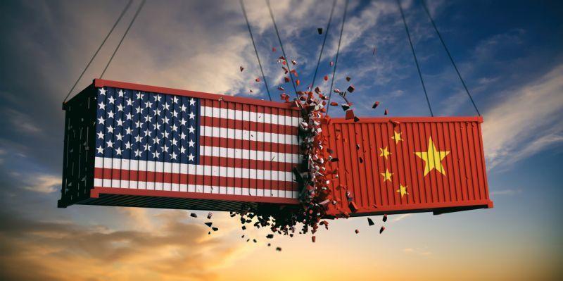 Morgan Stanley: Mỹ - Trung tiếp tục đấu đá thuế quan có thể đẩy kinh tế toàn cầu vào suy thoái - Ảnh 1.