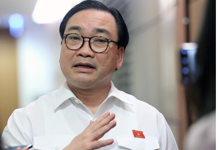 Hà Nội đang rà soát dịch vụ công liên quan đến Nhật Cường Mobile - Ảnh 1.