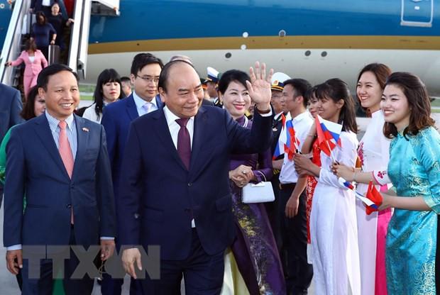 Thủ tướng tới Saint Petersburg bắt đầu thăm chính thức Liên bang Nga - Ảnh 2.