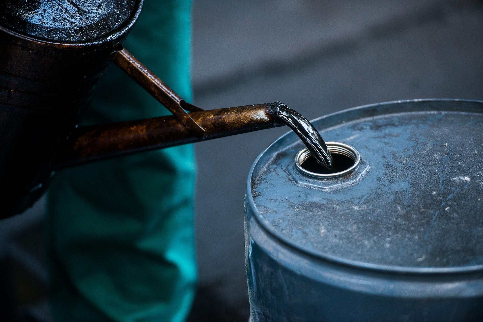 Reuters: Trung Quốc không kí thỏa thuận mua dầu thô Mỹ - Ảnh 1.