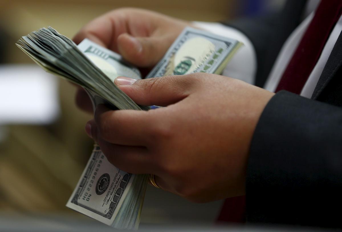Tỷ giá USD hôm nay 22/5: Duy trì đà tăng trên thị trường thế giới nhưng đồng loạt giảm điểm ở trong nước - Ảnh 2.