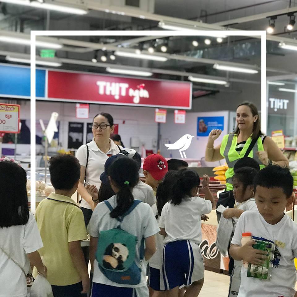 Các nỗ lực tiếp thị, giảm giá cuối cùng của Auchan trước khi rút khỏi Việt Nam - Ảnh 2.