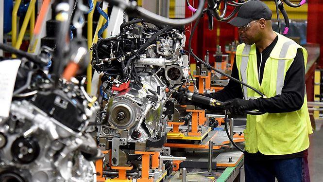 Ford sẽ cắt giảm 7.000 nhân công trong thời gian tới - Ảnh 1.