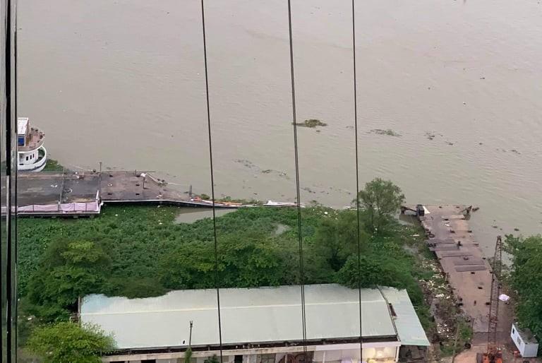 Yêu cầu Công ty Thiên Niên Kỷ báo cáo vụ sập cầu tàu ở cảng Ba Son - Ảnh 1.