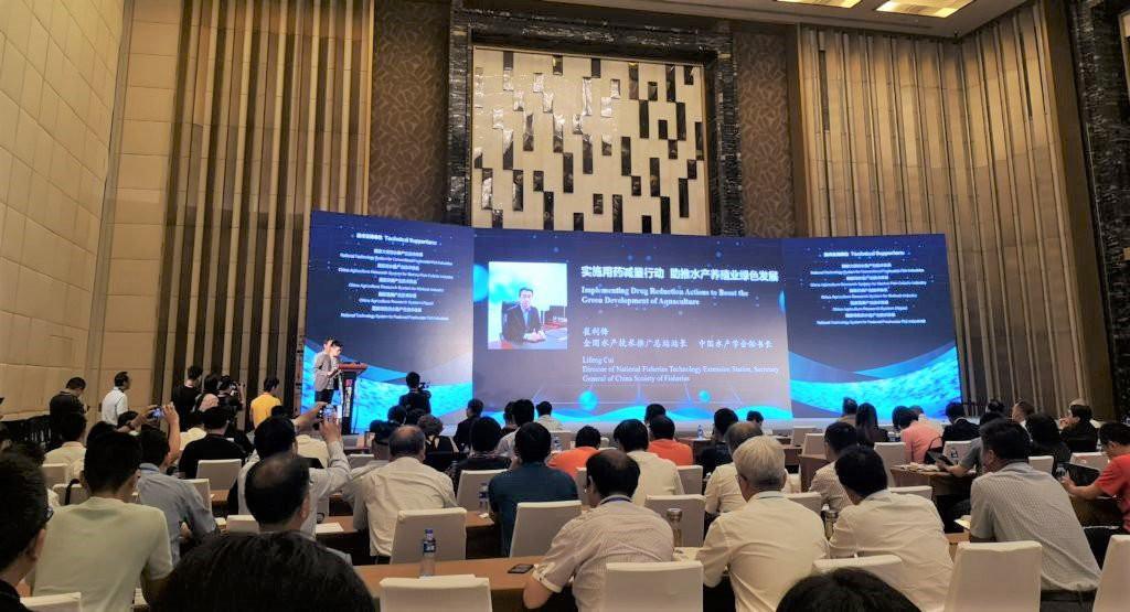 Trung Quốc vượt Mỹ trở thành nhà nhập khẩu tôm lớn nhất thế giới - Ảnh 1.