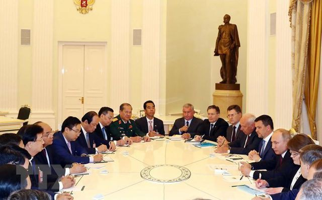 Thủ tướng: Nga là đối tác tin cậy của Việt Nam về quốc phòng, an ninh - Ảnh 2.