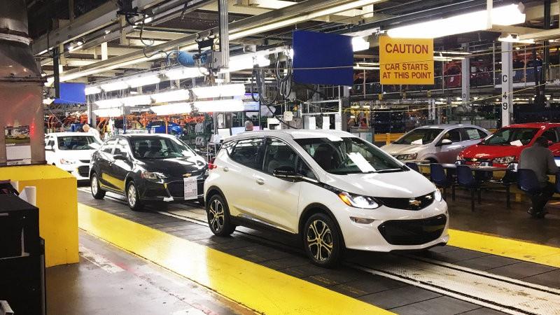 [Phần 2] Nắm trong tay ba hãng sản xuất xe hơi mũi nhọn, Tổng thống Trump vẫn tuyên chiến với ô tô nhập khẩu - Ảnh 1.