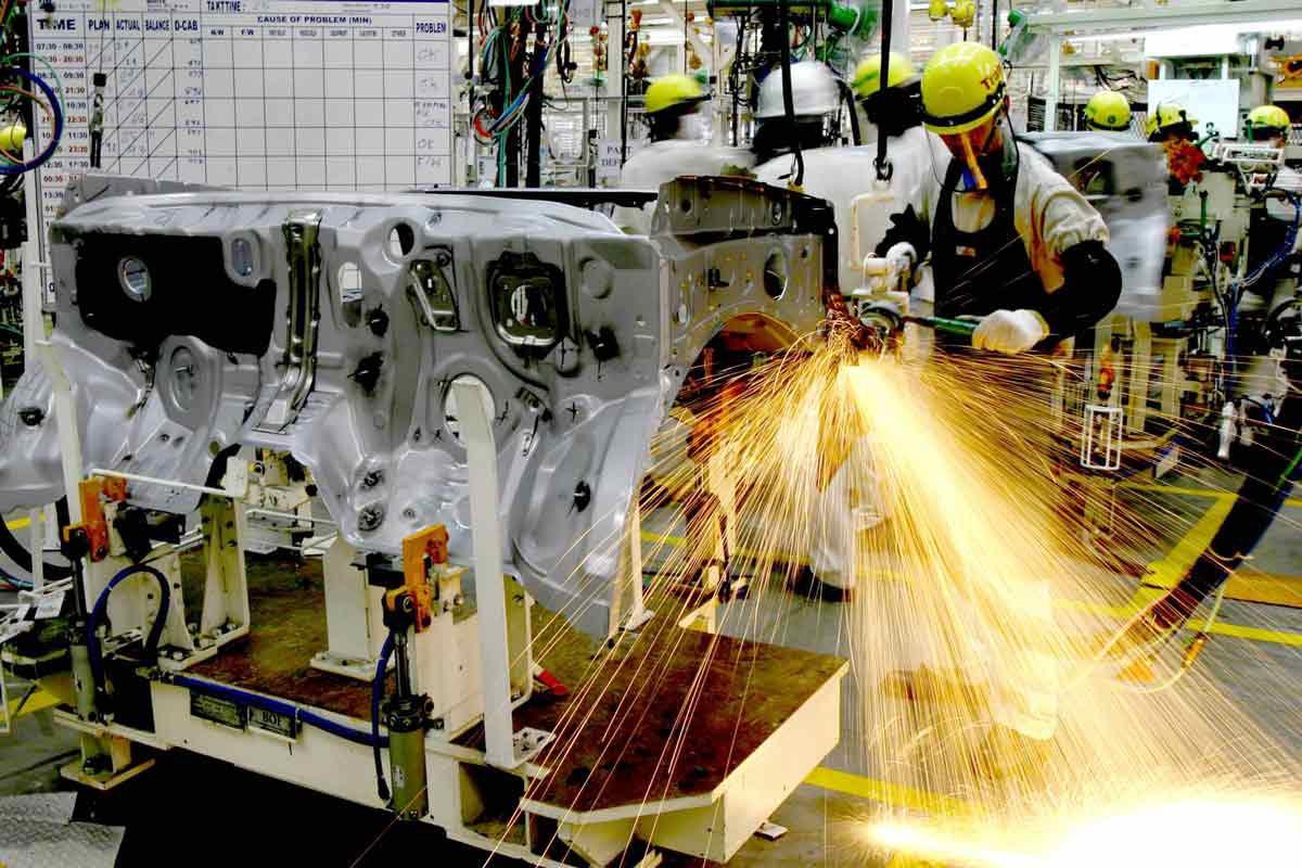 Ngành công nghiệp xe hơi Đông Nam Á thay da đổi thịt  - Ảnh 1.
