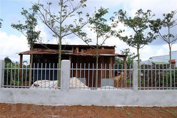 Đắk Nông: Nhà xây bất thường trên đất sắp thu hồi khai thác alumin - Ảnh 1.