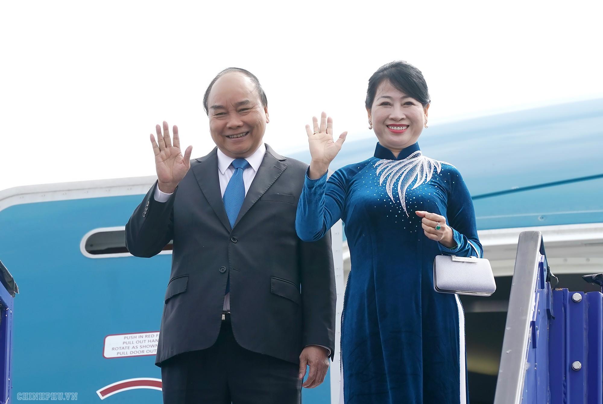 Thủ tướng đến Stockholm, bắt đầu thăm chính thức Thụy Điển - Ảnh 1.
