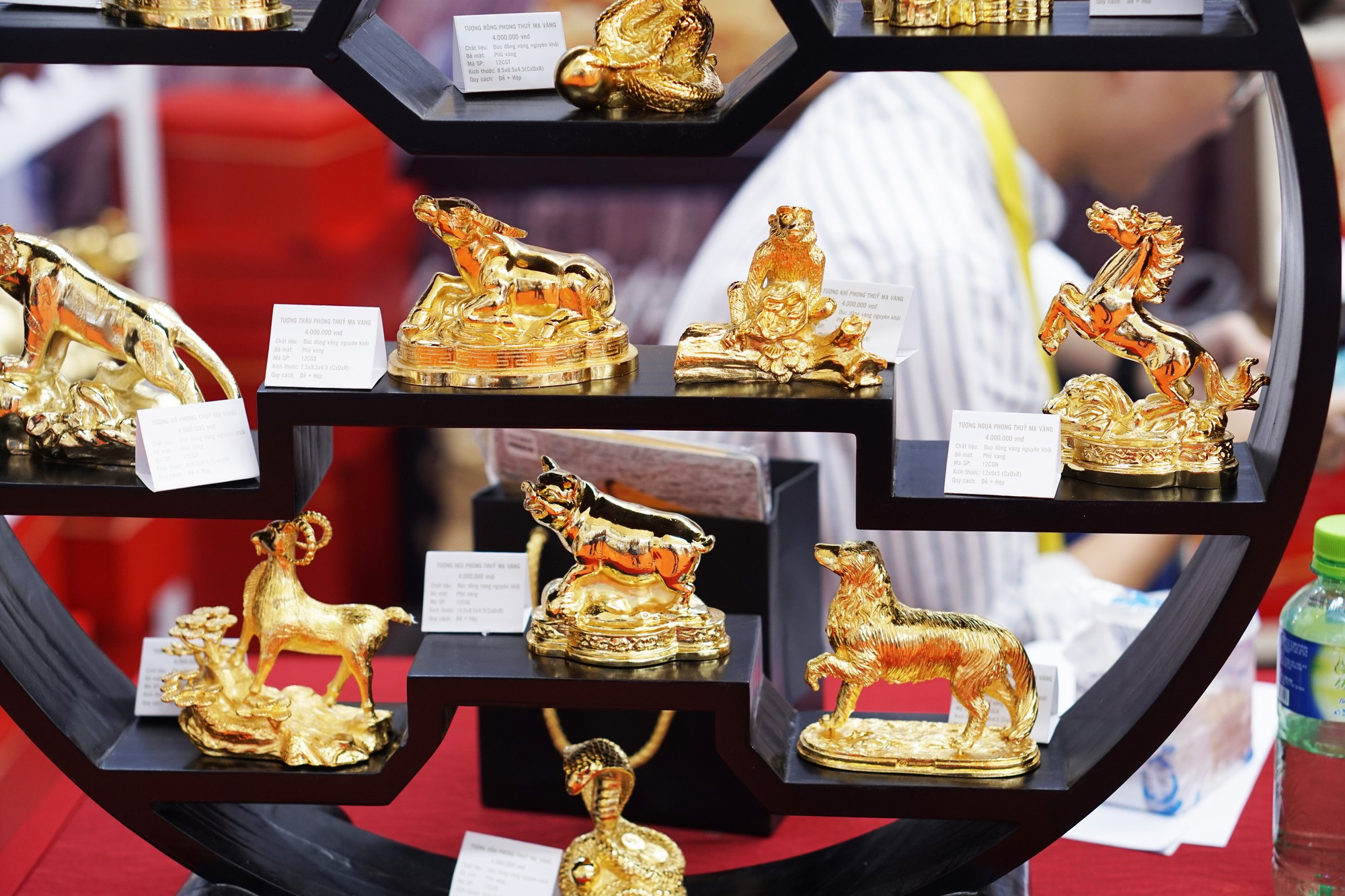 [Chùm ảnh] VinFast, Habeco, Vietcombank ... mang con cưng đến triển lãm thành tựu kinh tế tư nhân - Ảnh 9.
