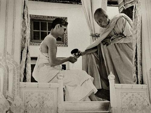 Lễ đăng quang của Quốc vương Thái Lan diễn ra thế nào? - Ảnh 2.