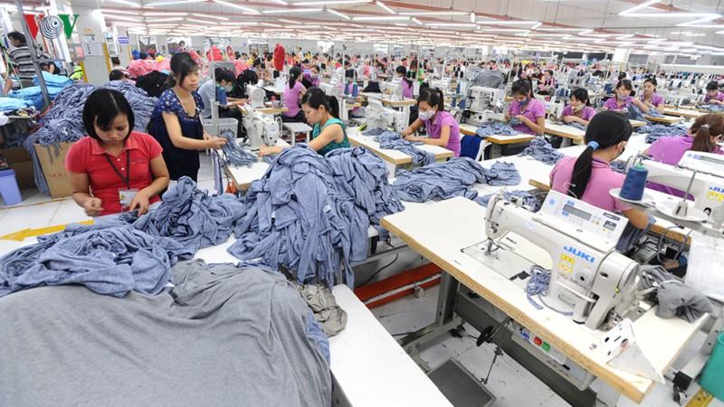 Vốn FDI Trung Quốc vào Việt Nam tăng vọt: Cần ứng xử như thế nào? - Ảnh 1.