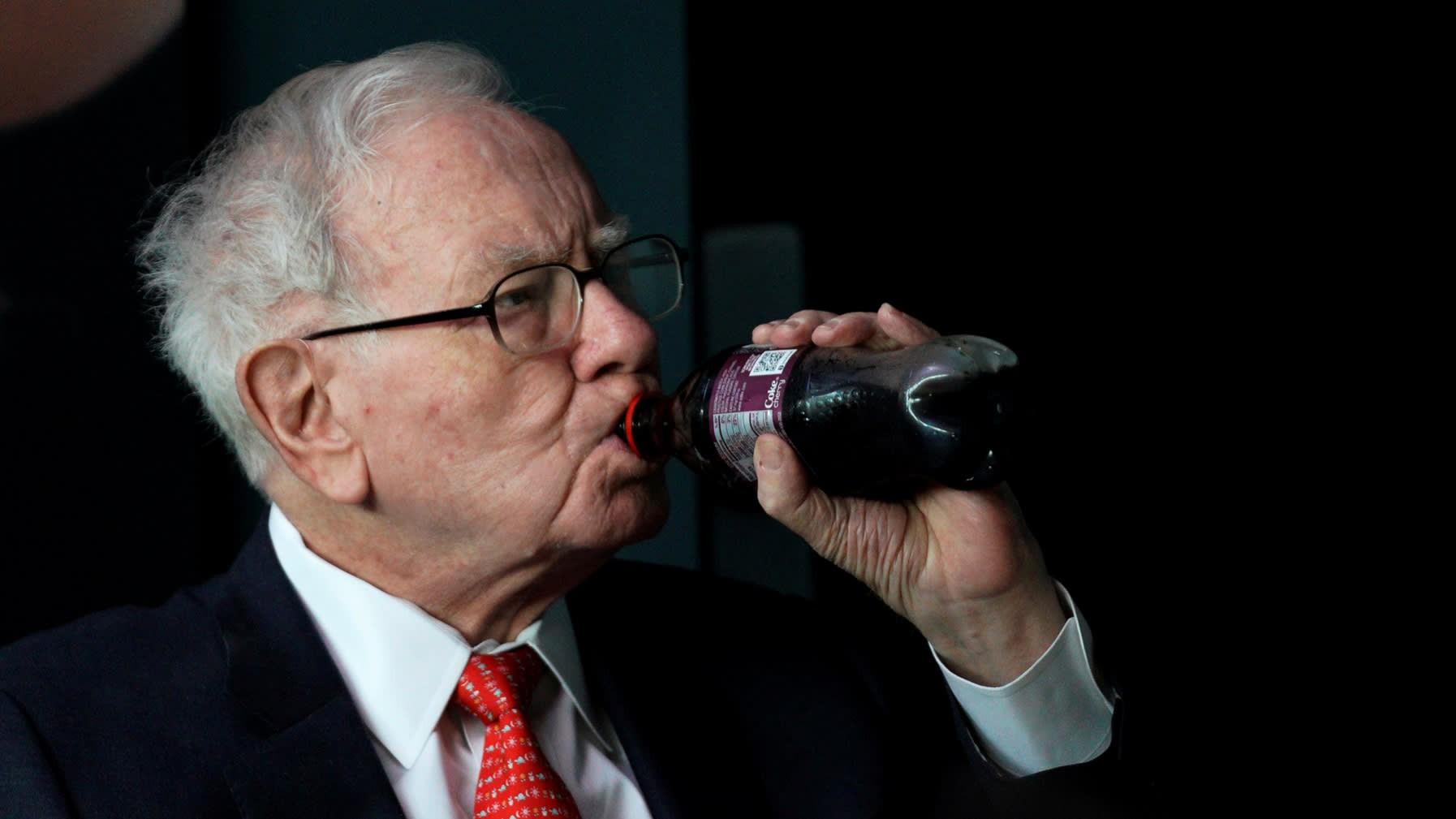 Đầu tư vào fintech và doanh nghiệp châu Á, triết lí kinh doanh của Warren Buffett đang thay đổi? - Ảnh 1.