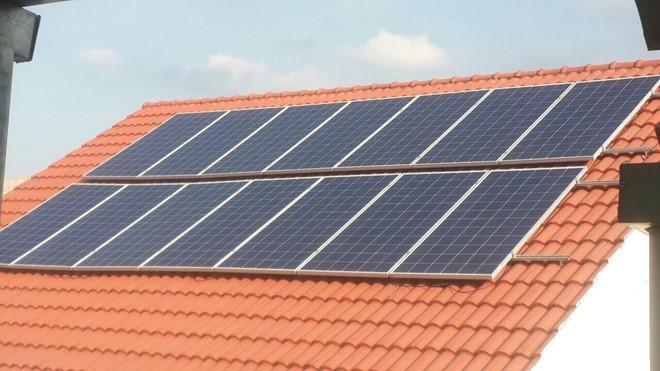 Giá điện tối thiểu đắt gấp đôi điện mặt trời - Ảnh 1.