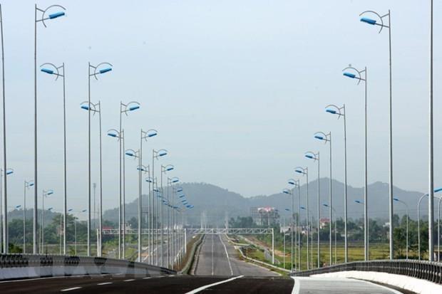 Nhiều nhà đầu tư nước ngoài muốn tham gia dự án cao tốc Bắc-Nam - Ảnh 1.