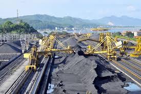 4 tháng đầu năm, TKV khai thác gần 15 triệu tấn than nguyên khai, kì vọng đạt 4 triệu tấn vào tháng 5 - Ảnh 1.