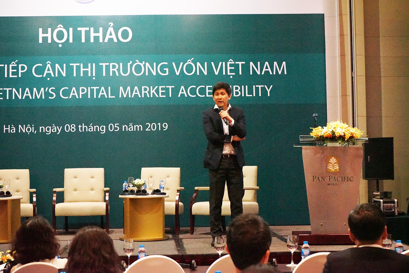 Dragon Capital: 'NĐT nước ngoài không có cổ phiếu để đầu tư, cổ phiếu hết room định giá cực kì thấp' - Ảnh 1.