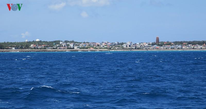 Giao dịch mua bán đất tại đảo Phú Quý diễn biến phức tạp - Ảnh 2.