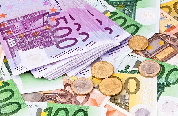 Tỷ giá Euro hôm nay (1/6) phục hồi nhẹ, giá mua EUR chợ đen tăng lên 26.100 VND - Ảnh 1.
