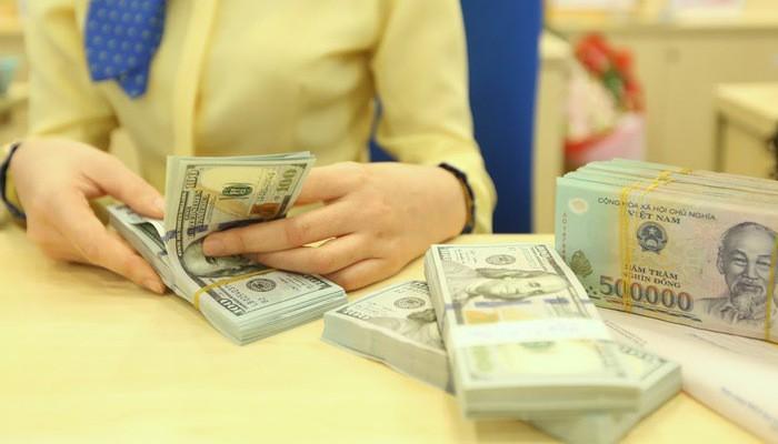 Lãi suất cho vay USD hiện nay là bao nhiêu? - Ảnh 1.