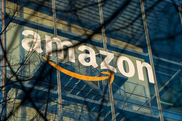 Amazon vượt qua cả Apple và Google, trở thành thương hiệu đắt giá nhất hành tinh - Ảnh 1.