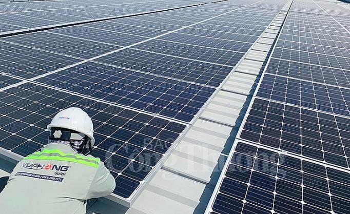 Bình Dương phát triển điện mặt trời đáp ứng nhu cầu năng lượng cho thành phố thông minh - Ảnh 1.