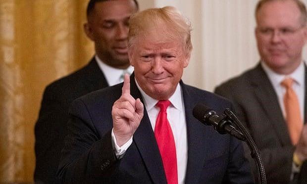 Ông Trump chỉ ra quốc gia đứng sau vụ tấn công tàu chở dầu - Ảnh 1.