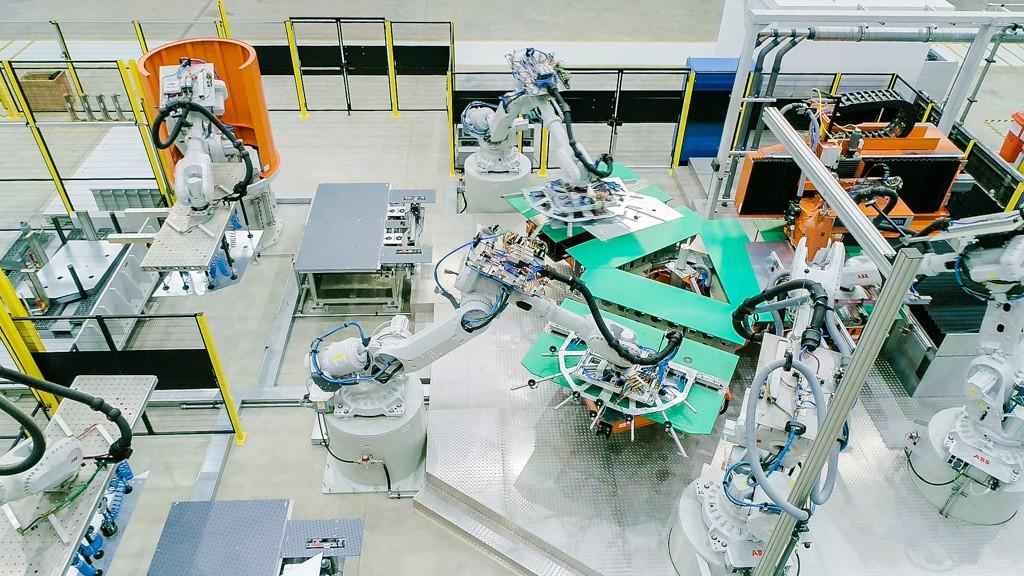 Robot xưởng dập