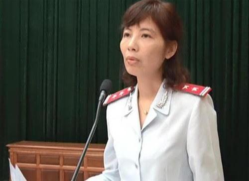 Người nhà nữ trưởng đoàn thanh tra Bộ Xây dựng bị bắt cũng tham gia đoàn - Ảnh 1.