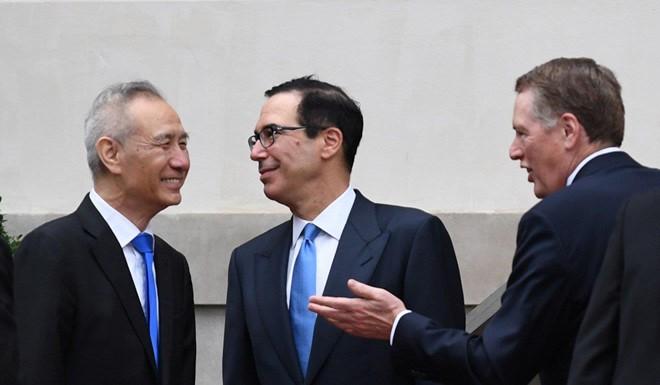 Đánh thuế hàng Trung Quốc sẽ khiến Mỹ thiệt hại 18 tỷ USD mỗi năm - Ảnh 1.